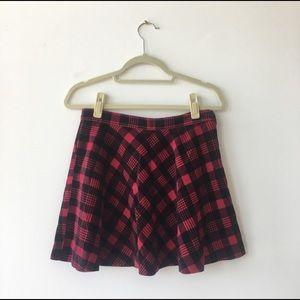 Red velvety plaid print skater skirt